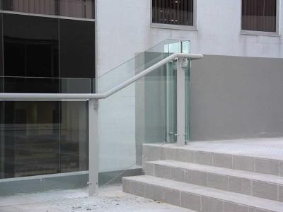 Custom Glass Balustades-23