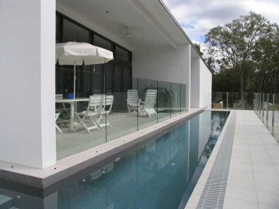 Glass Pool Fencing Frameless Design 12 in Channel-5