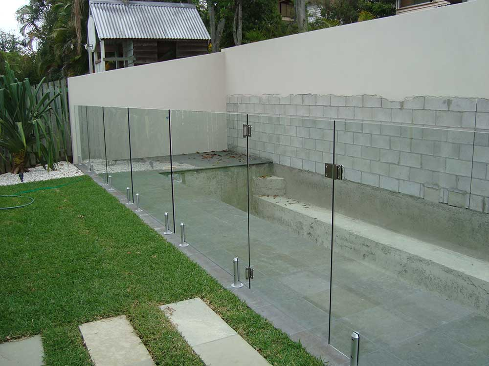 Glass Pool Fencing Frameless Design 12 Mini Post Balustrade Fencing Screens Brisbane Edge Concepts