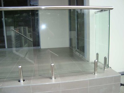 Design 12 Mini Post Frameless Glass Balustrades