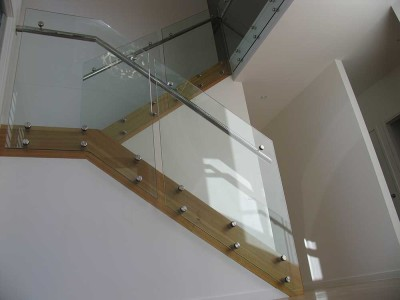 Design 12 Side Fixed Frameless Glass Balustrades