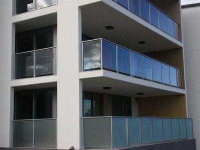 Glass Balustrade Framed Design 7-14