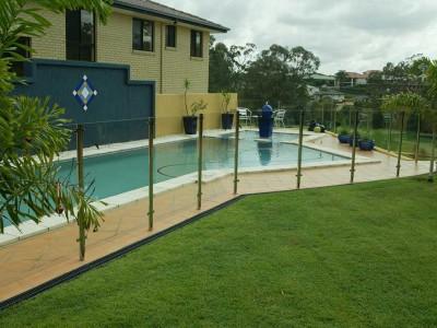 Glass Pool Fencing Semi Frameless Design 8-4