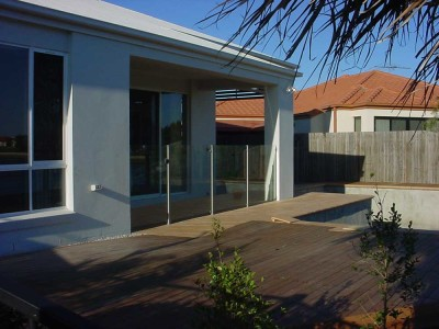 Glass Pool Fencing Semi Frameless Design 8-21