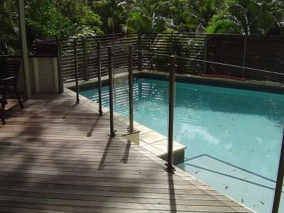 Glass Pool Fencing Semi Frameless Design 8-26