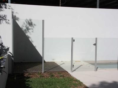 Glass Pool Fencing Semi Frameless-7