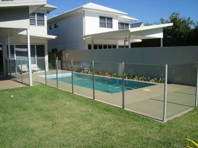 Glass Pool Fencing Semi Frameless-9